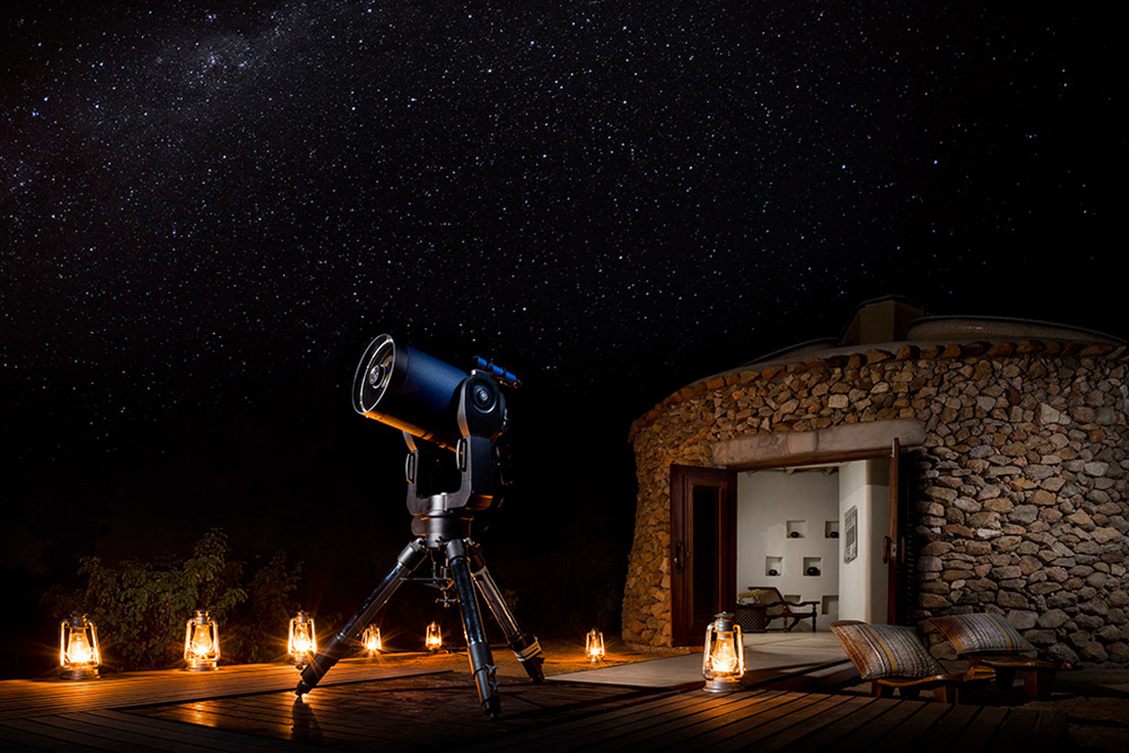 Ulusaba-Safari-Lodge-stargazing