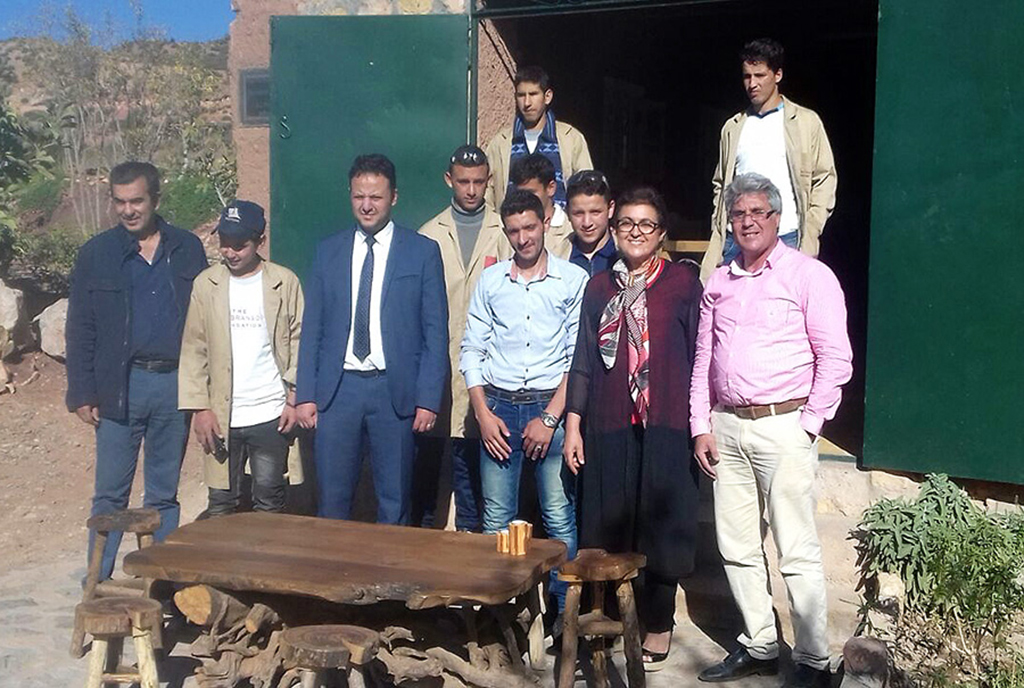 Fatema Marouane, Moroccan Minister of the Artisanat visiting the craft house