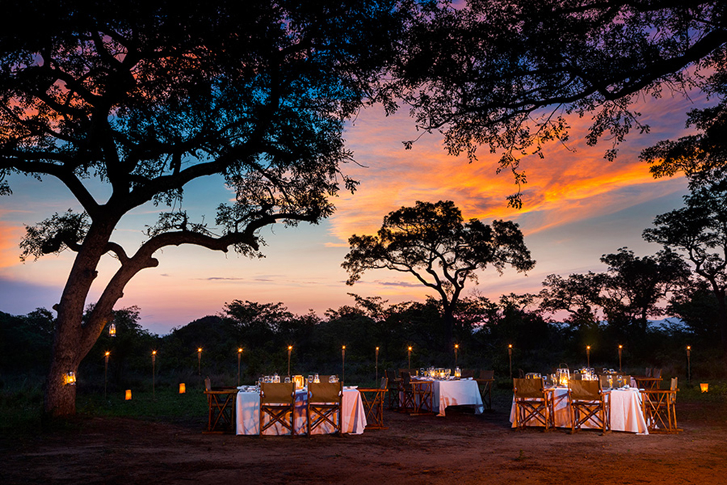 Ulusaba Bush Dinner at sunset