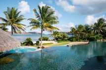 moskito-island-beach-house-pool-hot-tub.jpg