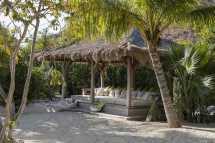 moskito-island-manchioneel-beach-4.jpg