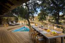 ulusaba-safari-lodge-safari-suite-viewing-deck.jpg