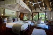 elephant-1-safari-lodge.jpg